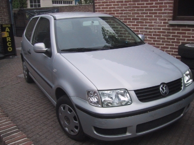 VW Polo 2000 Budget car